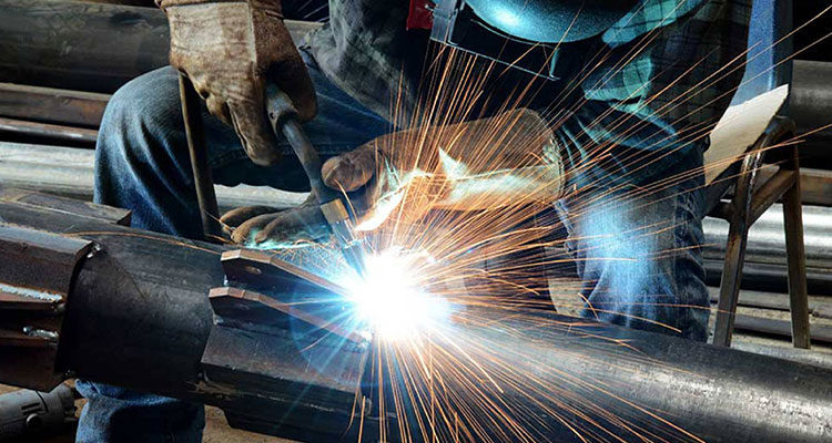 Технология сварки металлов и ее особенности. фото